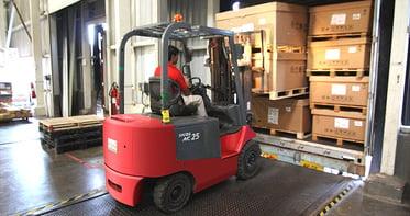 warehouse worker retention